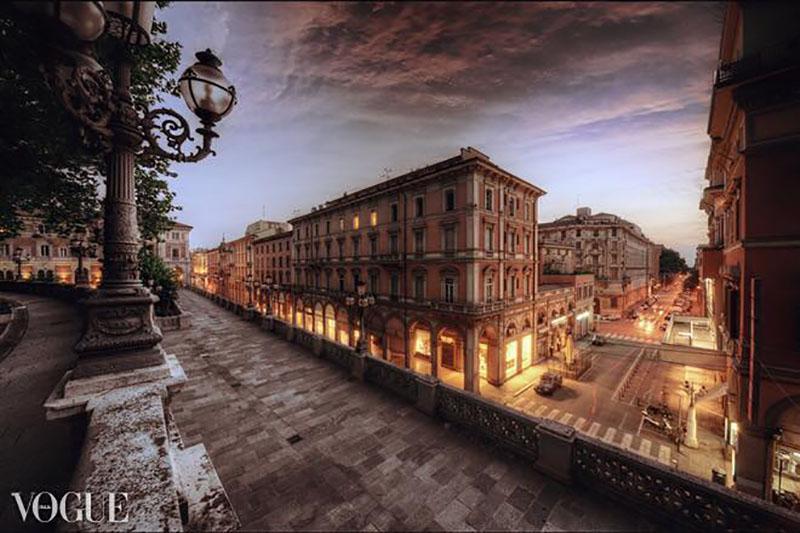 Bologna Vista Dall Alto In Otto Tappe